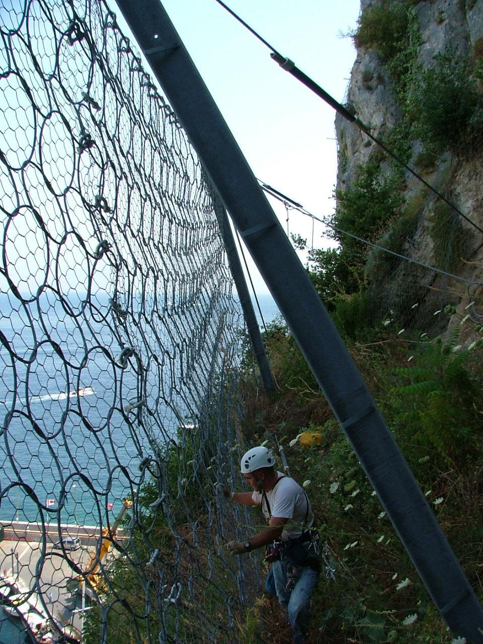 http://www.geoinformatica.it/wp-content/uploads/2015/07/direzione-lavori5.jpg